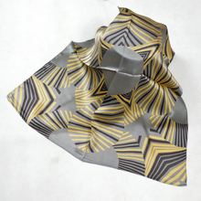 2015 Hot Sale Women 100% Mulberry Silk Silk Scarf New Arrival Coffee Yellow Silk Neck Scarf Geometric Pattern Men Silk Cravat
