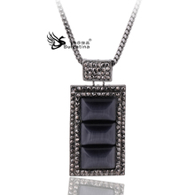 Necklace sweater long section of female wild Korean version of the simple retro classic black crystal perfume bottle necklace