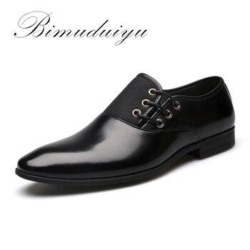 BIMUDUIYU Grande Taille 5.5-13 Nouveau Mode Hommes Robe Chaussures De Mariage Noir Chaussures Bout Rond Plat D'affaires Britannique Dentelle-up Hommes de chaussures