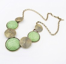 Min.order $10(Mix Item)SPX2893 green Promotion Fashion Delicate Big Geometry Irregular Round Shorts Charm Vintage Necklace(China)