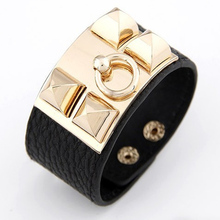 2017 New Fashion Wide Rivet Leather Bracelets&Bangles Super Hot Men And Women Punk Style Bracelet Magazine Superstar Jewelry