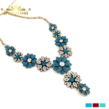 Vintage Bling White and Blue Crystal Necklace Gold Tone Adjustable Chain Micro Pave Crystal Floral Women Necklace Party Jewelry