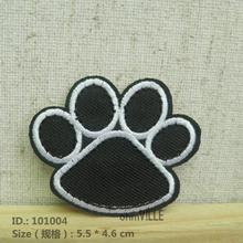 "101004 Black Dog/Bear Footprints Iron-On Patches ""Easy To Apply, Just Iron-On"" Guaranteed 100% Quality Appliques(China)"