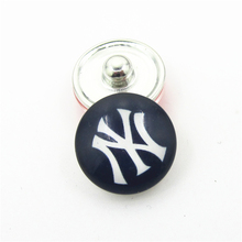 20pcs/lot New York Yankees MLB Team Snap Button Charms DIY 18mm Baseball Sports Ginger Button Snaps Bracelets Necklace Jewelry(China)