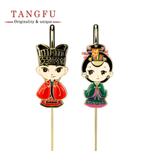 Set cartoon metal Bookmarks Q couple Memo Clip Novelty book holder Handmade school stationery student study fun doll Accessories