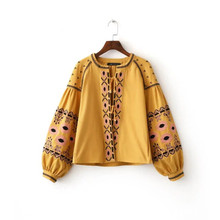 lager size women clothing Free Shopping Round Neck Placket Lace Embroidery Nine Points Sleeve Jacket / S-L