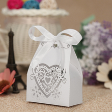 50pcs/set Mini Laser Cut Hollow Wedding Favor Box Candy Boxes White Pearl Paper Gift Box with Ribbons White for Party Banquet