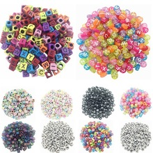LNRRABC 100 piece/Lot Handmade/DIY Square/Round Alphabet Digital/Letter Acrylic Cube for Jewelry Making Loom Band Bracelets