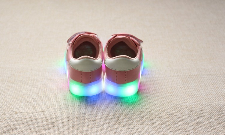 New 17 Cool LED lighted fashion new brand breathable children shoes cute little baby girls boys shoes kids sneakers 17