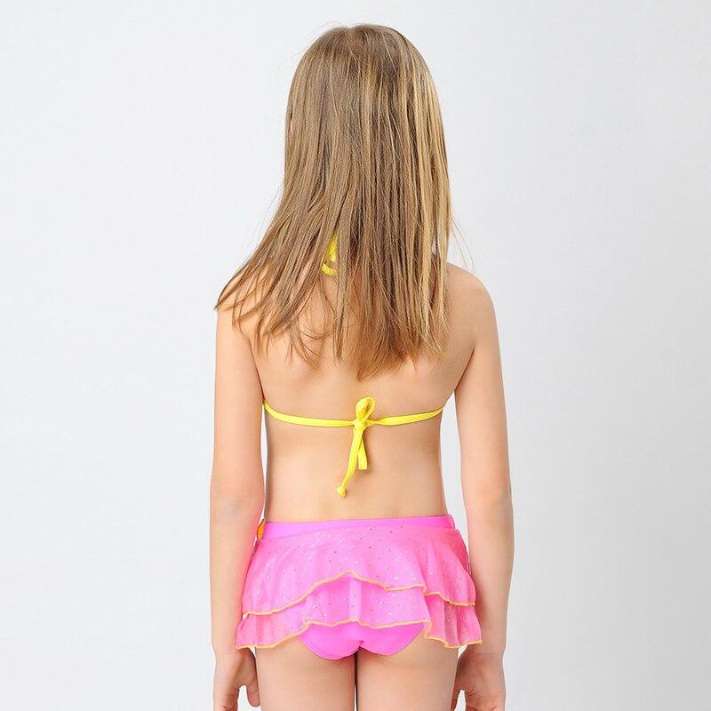 Pretty babe Nelly Sullivan stripping and toying her pussy in the bath № 536981 загрузить