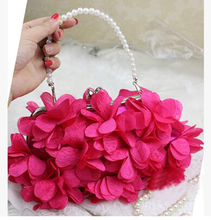 Women Bags Evening Cocktail Wedding 3D Flower Elegant Beautiful Petals Bridesmaids Bride Clutch Shoulder Bags Metal Chain 2017