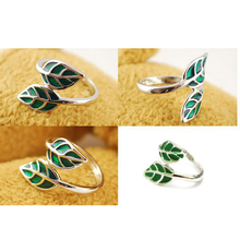 Wholesale Fashion Green Gem Leaf Shape Alloy Opening Ring for Women Resizable Finger Rings Clother Accessories Gifts R377