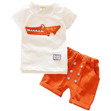 2017 NEW ARRIVAL baby summer collection of printing T shirt + shorts pants suit baby boy clothing set