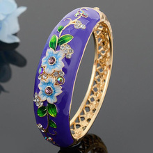 Hot Sale Austria Crystal Enamel Bangles Indian Japanese Korean Style Exotic Bohemia New Fashion Bangles Flower Jewelry 4 Colors(China)