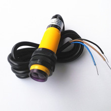 E3F-DS30C4  DC 3 Wire NPN NO DC 10-30V 200mA Omron New High Quality Infraredray Photoelectric Switch Sensor