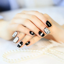 Korean taste geometric wind good texture short paragraph commuter false nail finished light grandmother ash fake nails