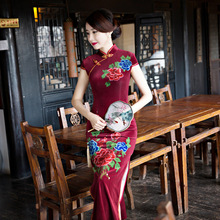 Buy New Arrival Fashion Long Women Cheongsam Dress Chinese Ladies Elegant Qipao Novelty Sexy Dress Size M L XL XXL 3XL F103001 for $39.78 in AliExpress store