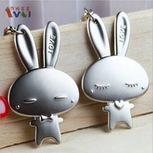AMGJ Cute Couple Lovely Rabbit With Rosette Heart Keychain Darling Keyring Lover Metal Alloy Key Fob Valentine's day Gift