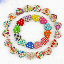 100Pcs New  Multicolor Heart Shape 2 Holes Wood Sewing Buttons Scrapbooking Knopf Boutons