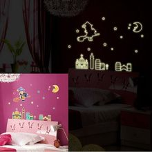 Free Shipping Girl in The Moonlight Fluorescence Removable Wall Stickers Decals PVC DIY Home Living Room Decoration Y0012