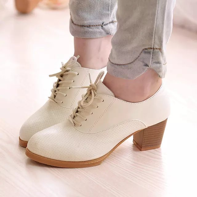 2017 Hot Sale thick with white lace shoes sweet pointed shoes with fashion OL wild tide British retro shoes  B448<br><br>Aliexpress