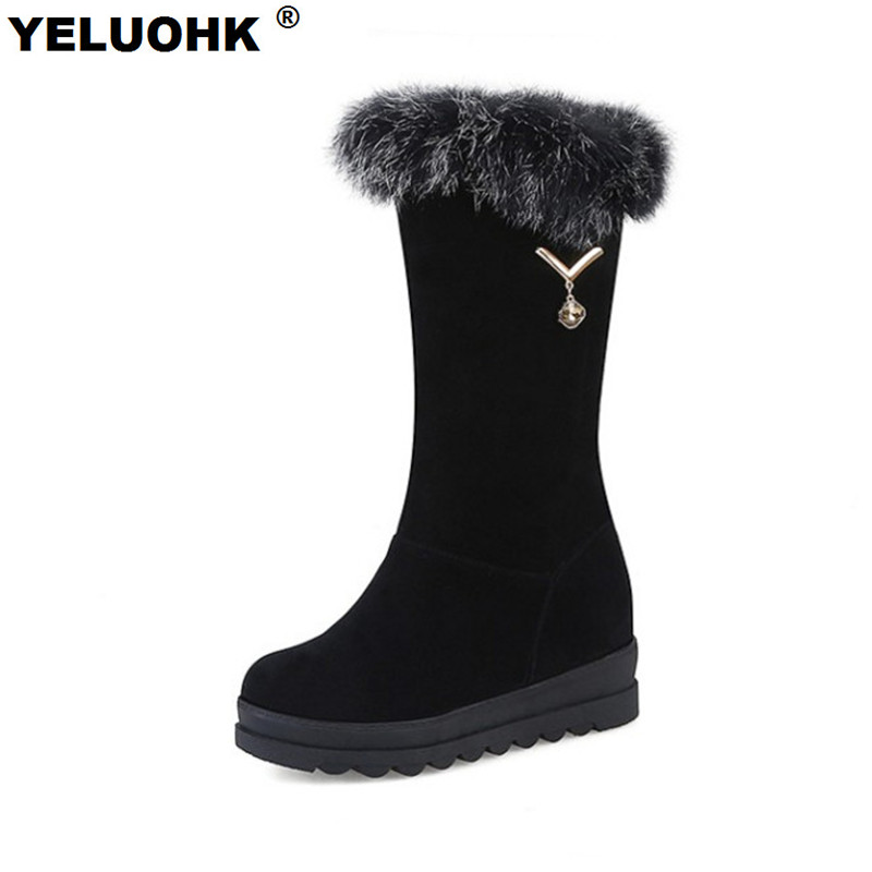 Plush Winter Shoes Women Snow Boots Warm Fur Half Women Boots Ladies Shoes Casual Platform Shoes Women High Boots<br>