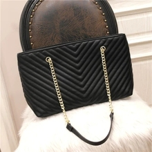 Luxury Handbags Women Designer Women Messenger Bags diamond Vintage Fashion V big Chain Crossbody Bag Hot Sale Shopping bags(China)