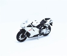1:18 Maisto DUCATI 848 White Motorcycle Bike Model New in Box