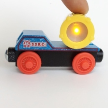 RARE NEW WARNING TRUCK LIGHT ORIGINAL wooden Thomas and friend train Chinldren child kids(China)