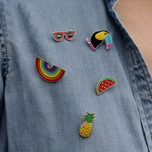 1 PCS Free Shipping Summer Brooch Cartoon Badges Rainbow Pineapple Button on Badge Decoration Pins Cartoon Brooches