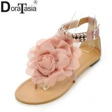 2017 pomotion price $10.94 big size 34-43 leisure flower women shoes women bohemia style beach sandals fashion beads flat heels(China)