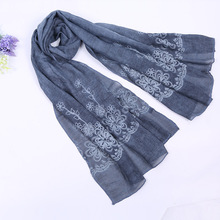 Scarf women factory direct cotton embroidered flower scarf scarves 2018 new autumn and winter women's shawl bandana SFYL02(China)