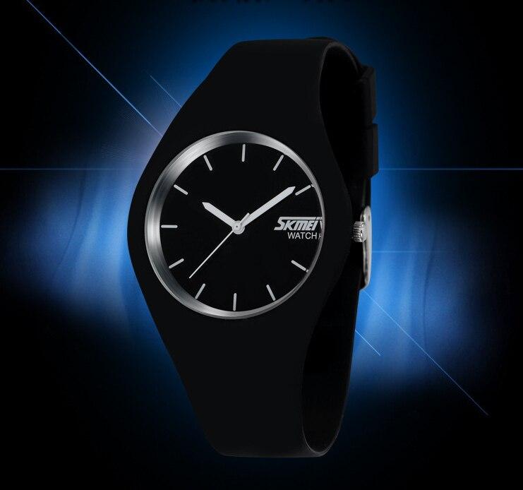2017 New Fashion Brand Women Colorful Jelly Watch Men Silicone Band Quartz Watch 30M Waterproof Wristwatch<br><br>Aliexpress