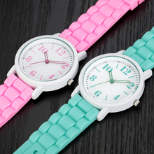 100pcs/lot Wholesale Watches Mens Women Cheap Silicone Watch 7 Colors Boys Girls Clock Students Sports Digital Quartz Watch 1021
