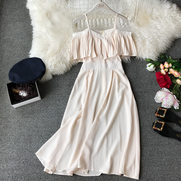 2019 Spring Women Chiffon Pleated Braces Sling Spaghetti Strap Goffer Long Dress Ladies Ruffles Empire Drapped Swing Slip Dress 204