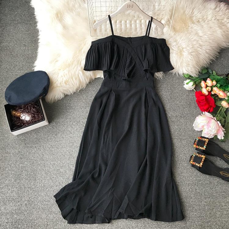 2019 Spring Women Chiffon Pleated Braces Sling Spaghetti Strap Goffer Long Dress Ladies Ruffles Empire Drapped Swing Slip Dress 172