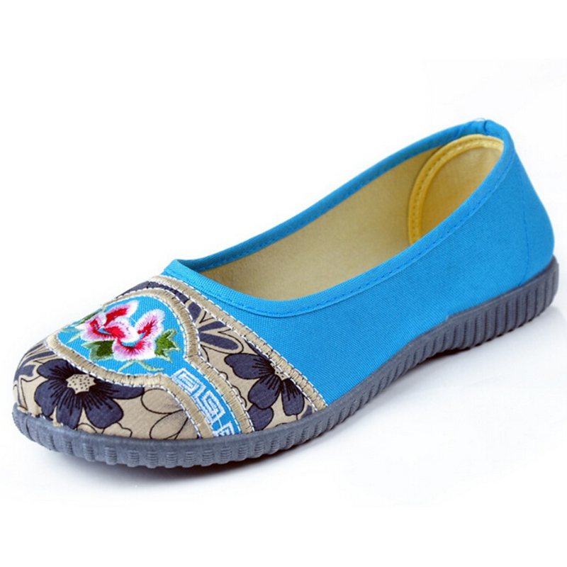 2017 Old Beijing embroidered shoes woman flat shoes applique national wind comfort casual shoes w708<br><br>Aliexpress