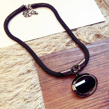 2016 New Arrival Women Pendant Necklaces All-match Elegant Black Beaded Necklace Exaggerated Clavicle Chain Accessories