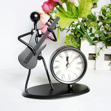 Metal Craft Desk Clock Man Play Guitar Roman Numbers Clock Timer Office Desk Ornaments Business Father Boy's Birthday Gift(China)