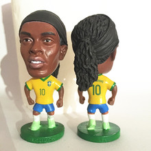 Soccerwe Fixed Base 10 Ronaldinho Doll ( Brasil 2002 Champions ) Yellow Jersey Collections(China)