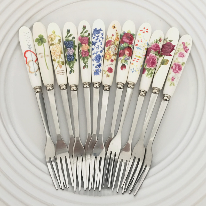 Free shipping (3pcs/lot)Kitchen tool Fashion Stainless Steel Fork /156mm Bone China fruit fork /cake dessert fork tableware 13