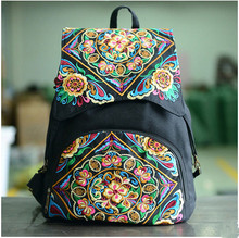 2017 New Embroidery Women Backpacks!Hot Floral Embroidery Lady Vintage Shopping Backpack Top All-match National Canvas Backpacks