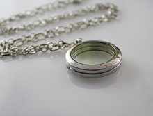 1PC 30MM Glass Locket Necklace,customize with your own photos, keepsakes, charms,Photo Locket Necklace(China)
