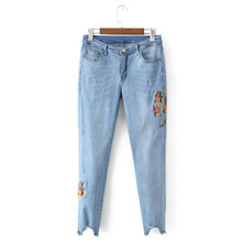 2017 Fashion Women Light Floral Embroidery Jeans Skinny Foot Gap Irregular Denim Trousers Retro Vintage Slim Stretch Pencil Pant