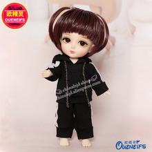 OUENEIFS free shipping,Fashion sports suit with hat,Korean fan sweater jacket,1/8 bjd sd doll clothes,no dolls and wigs YF8-134(China)