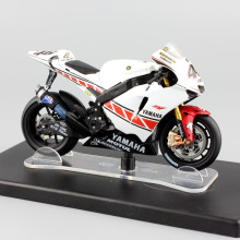 1:18 scale No.46 Valentino Rossi MotoGP Yamaha YZR-M1 Valencia 2005 motorbike motorcycle diecast Replica car toys model vehicles(China)