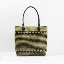 Thai version of straw bag women 's handbag fashion rattan bread package tourism beach package environmental protection package