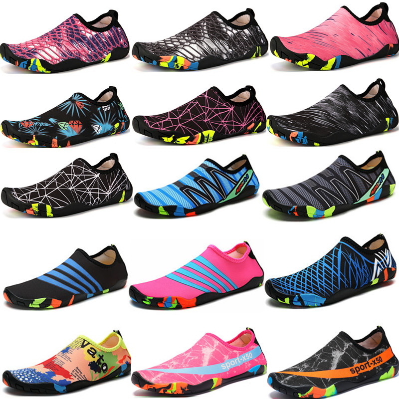 Swimming Water Aqua Shoes Men Women Beach Camping Shoes  Uni Aqua Flat Soft Walking Lover yoga Shoes Non-slip sneakers