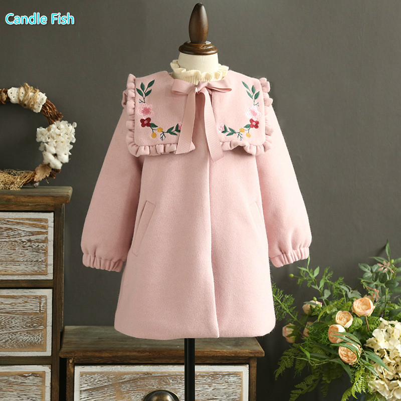 2017 autumn and winter new girls tweed coat with exquisite embroidery lapel pink thick coat<br>