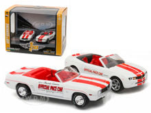 Greenlight 1:64 1969 & 2011 Chevy Camaro Indianapolis INDY  2-Car Set